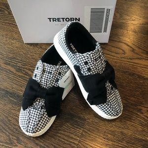 NIB Tretorn Gingham Bow Sneakers